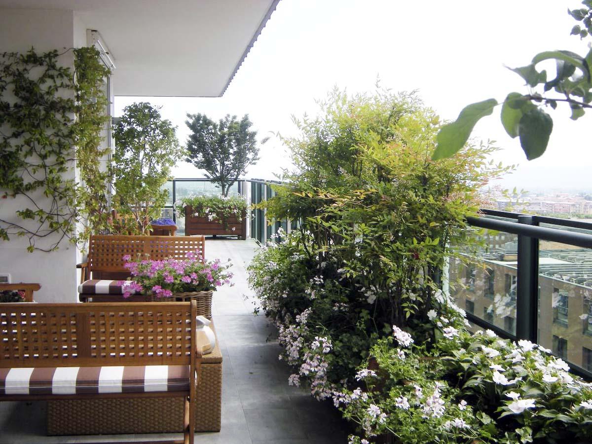Giardini le alpi biella for Accessori per terrazzi e giardini
